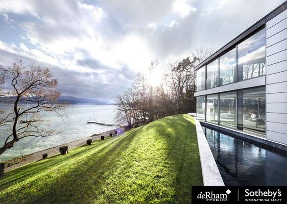 Luxueuse villa à vendre en Suisse sur les bords du Lac Léman